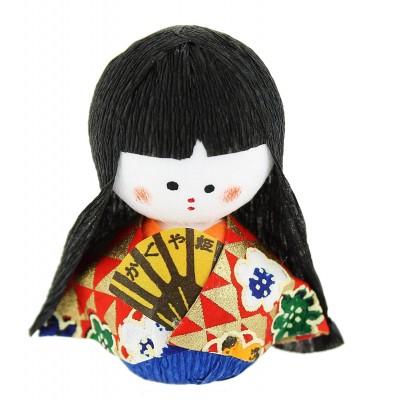 Poupées japonaises porte-bonheur